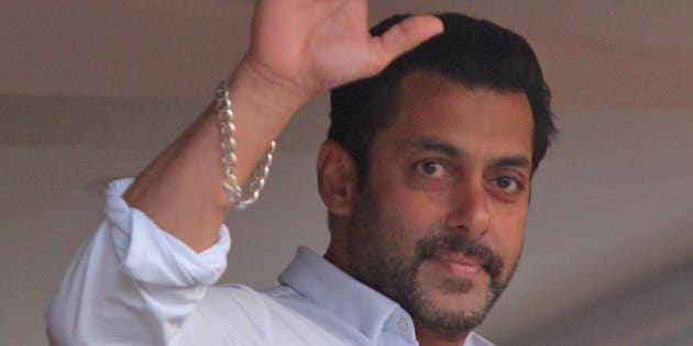 Bollywood actor Salman Khan greets fans from the balcony of his residence in Mumbai, India, Friday, May 8, 2015. A court on Friday granted bail to Khan, one of India's biggest movie stars until it hears his appeal challenging his conviction in a drunk-driving hit-and-run case more than a decade ago. (AP Photo)
