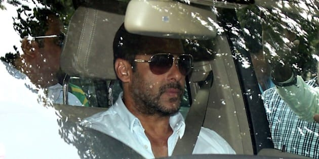 Indian Bollywood actor Salman Khan arrives at session court for hearing of the bail plea in a 2002 hit-and-run case in Mumbai on May 8, 2015.  Bollywood superstar Salman Khan's five-year prison sentence for killing a homeless man with his SUV after a night out drinking 13 years ago was suspended on May 8, 2015, pending an appeal.    AFP PHOTO/ SUJIT JAISWAL        (Photo credit should read SUJIT JAISWAL/AFP/Getty Images)