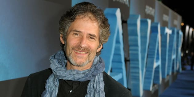 HOLLYWOOD - DECEMBER 16:  Composer James Horner arrives at the premiere of 20th Century Fox's 'Avatar' at the Grauman's Chinese Theatre on December 16, 2009 in Hollywood, California.  (Photo by Kevin Winter/Getty Images)