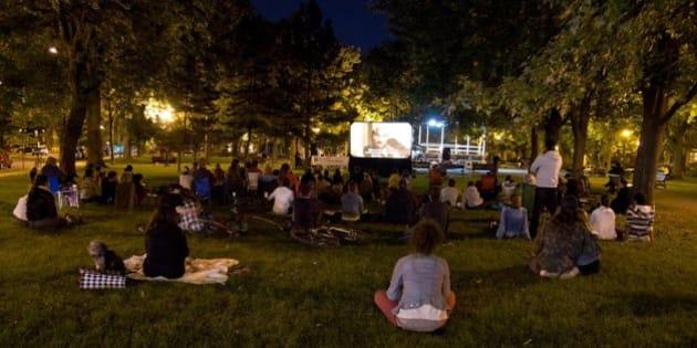 Cinéma en plein air : Où et quand regarder des films extérieurs à Montréal cet été (PHOTOS)