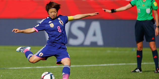 EDMONTON, AB - JULY 01:  Aya Miyama of Japan scores a penalty to make it 1-0 during the FIFA Women's World Cup Semi Final match between Japan and England at the Commonwealth Stadium on July 1, 2015 in Edmonton, Canada.  (Photo by Kevin C. Cox/Getty Images)