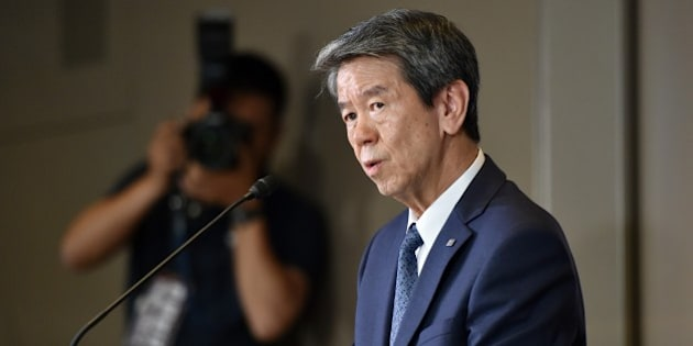 Japan's electronics giant Toshiba president Hisao Tanaka speaks to the press at the company's headquarters in Tokyo on May 29, 2015. Toshiba aims to report in mid-July findings of a third-party committee's ongoing investigations into the firm's accounting irregularities. The company will hold a shareholders meeting on June 25 to speak about the situation to shareholders directly.   AFP PHOTO / Yoshikazu TSUNO        (Photo credit should read YOSHIKAZU TSUNO/AFP/Getty Images)