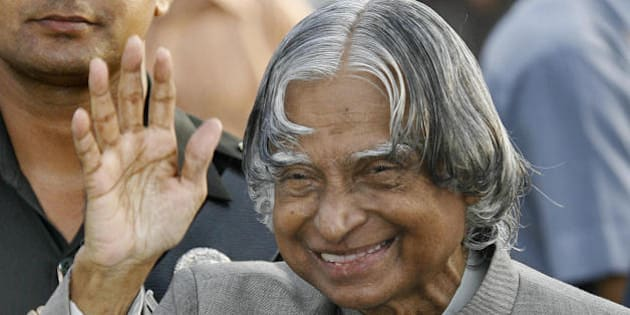 New Delhi, INDIA: India's outgoing President A P J Abdul Kalam waves while meeting guests during a reception at the Presidential palace in New Delhi, 22 July 2007.  Kalam's term expires on 24 July and he is set to be replaced by Pratibha Patil, (72), a politician nominated by the ruling Congress Party and who will become India's first woman president.  AFP PHOTO/Prakash SINGH (Photo credit should read PRAKASH SINGH/AFP/Getty Images)