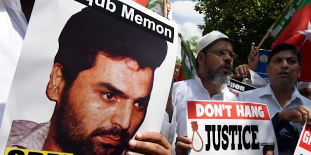 Indian protesters shout slogans during a protest against the death sentence of convicted bomb plotter Yakub Memon, a key plotter of the bomb attacks which killed hundreds in Mumbai in 1993, in New Delhi on July 27, 2015. India's top court on July 21, 2015 rejected a final appeal by Memon, a key plotter of bomb attacks that killed hundreds in Mumbai in 1993, paving the way for his execution.   AFP PHOTO / MONEY SHARMA        (Photo credit should read MONEY SHARMA/AFP/Getty Images)