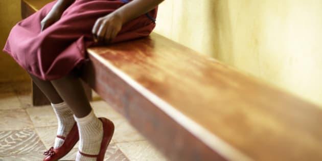 """6 février 2015 - Journée Internationale de la Tolérance Zéro à l'égard des Mutilations génitales féminines. Dans son message à cette occasion, Le Secrétaire Général des Nations Unies Ban Ki-moon a déclaré: « Je suis sincèrement impressionné par les initiatives prises par des professionnels du secteur de la santé  qui refusent de pratiquer les excisions et plaident activement pour que cette pratique soit abandonnée, forts du soutien reçu grâce au programme conjoint FNUAP-UNICEF de lutte contre les mutilations/ablations génitales. Si tout le monde se mobilise – femmes, hommes et jeunes – il sera possible, en une génération, de mettre fin à une pratique qui  affecte quelque 130 millions de filles et de femmes, dans les 29 pays pour lesquels nous disposons de statistiques. » Photo UNICEF / Olivier Asselin ====  6 February 2014. International Day of Zero Tolerance of Female Genital Mutilation.   In his message, on this occasion, the United Nations Secretary-General, Ban Ki-moon declared : """"I am truly inspired by actions already being taken by health professionals, which refuse to practice female genital mutilation and actively promotes the abandonment of the practice as the result of support from the UNFPA-UNICEF joint programme on female genital mutilation/cutting. If everyone is mobilized, women, men and young people, it is possible, in this generation, to end a practice that currently affects some 130 million girls and women in the 29 countries where we have data."""" Photo UNICEF / Olivier Asselin"""