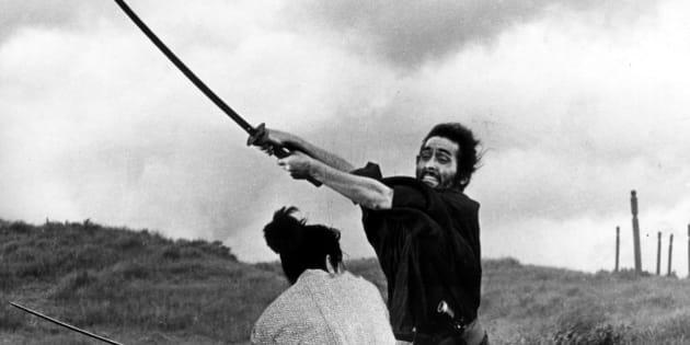 (GERMANY OUT) Japanese films Swordplay of the samurai - scene from the movie 'Harakiri' (Seppuku); director: Masaki Kobayashi - 1962 - Vintage property of ullstein bild  (Photo by ullstein bild/ullstein bild via Getty Images)