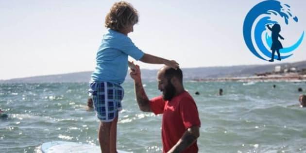 """""""Surf4Children"""": giovani medici regalano ai ragazzi disabili il sogno del mare (FOTO)"""