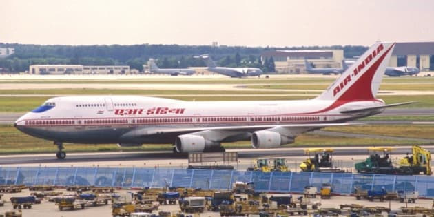 This Boeing 747-337 took its first flight on September 26, 1988 and was delivered to AI on October 21, 1988…(c/n 24159/ 711), named 'Shivaji', stored at BOM during 2008...