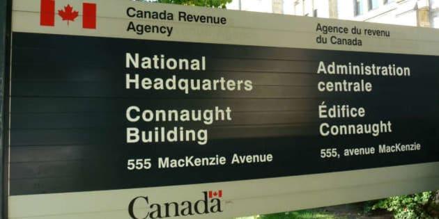 """<a href=""""http://www.canadianprogressiveworld.com/2014/09/15/400-canadian-academics-demand-cra-stop-auditing-progressive-think-tank/"""" rel=""""nofollow"""">www.canadianprogressiveworld.com/2014/09/15/400-canadian-...</a>"""