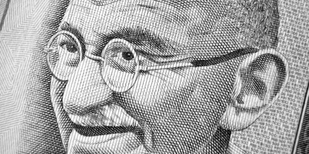 Closeup of hundred rupee note