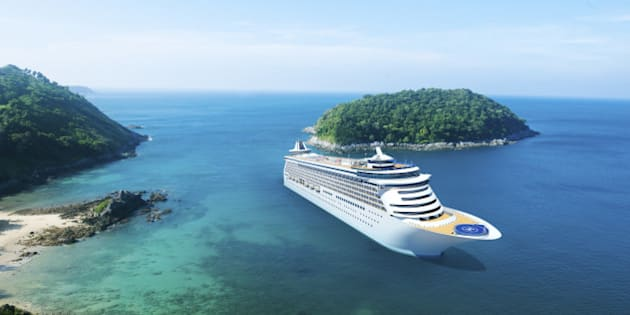 3D Cruise Ship in Beautiful Ocean with Blue Sky
