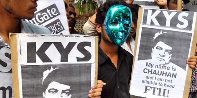 JANTER MANTER, DELHI, INDIA - 2015/08/03: Indian students from the Film and Television Institute of India (FTII), along with other student activists, chant slogans during a protest against the appointment of Gajendra Chauhan as the chairman of the FTII, in New Delhi. Protesters are demanding the removal of Chauhan, who they say is not qualified for the post but was given the position due to political reasons, and have been boycotting their classes at the institute over the issue since June 12. (Photo by Hemant Rawat/Pacific Press/LightRocket via Getty Images)