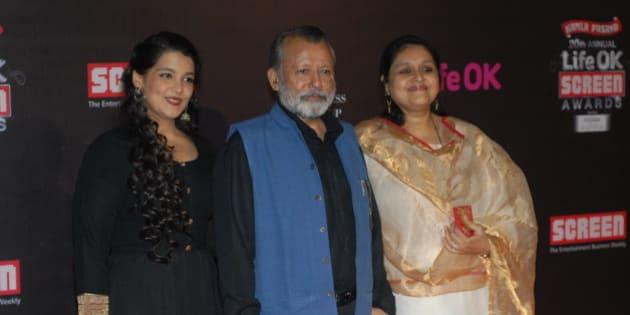MUMBAI, INDIA - JANUARY 14: Indian Bollywood actor and director Pankaj Kapur with his wife Supriya Pathak (R) and daughter Sanah Kapoor (L) during the 20th Annual Life OK Screen Awards on January 14, 2014 in Mumbai, India. (Photo by Prodip Guha/Hindustan Times via Getty Images)