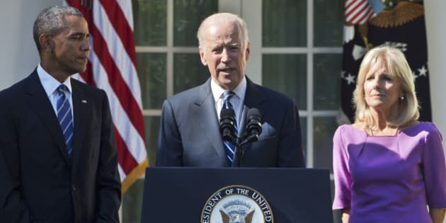 Vice President Joe Biden, accompanied by his wife Jill and President Barack Obama, announces that he will not run for the presidential nomination, Wednesday, Oct. 21, 2015, in the Rose Garden of the White House in Washington. (AP Photo/Jacquelyn Martin)