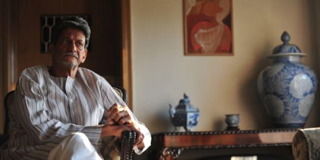 MUMBAI, INDIA - JANUARY 10: Indian novelist, playwright, film, drama critic and screenwriter Kiran Nagarkar poses for the profile shoot at his residence on January 10, 2012 in Mumbai, India. (Photo by Anshuman Poyrekar/Hindustan Times via Getty Images)