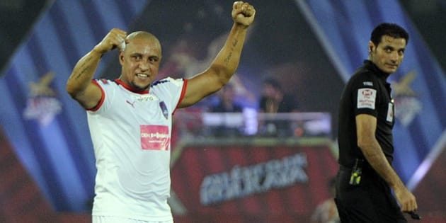 KOLKATA, INDIA - OCTOBER 29: Roberto Carlos of Delhi Dynamos FC in action against Atletico De Kolkata match in the second edition of Indian super league (ISL), at Salt Lake Stadium on October 29, 2015 in Kolkata, India. (Photo by Ashok Nath Dey/Hindustan Times via Getty Images)