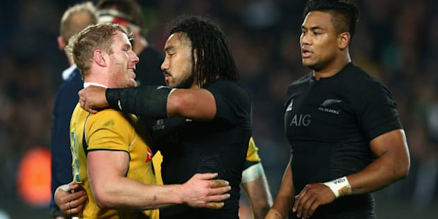 AUCKLAND, NEW ZEALAND - AUGUST 15:  David Pocock of the Wallabies and Ma'a Nonu of the All Blacks embrace following The Rugby Championship, Bledisloe Cup match between the New Zealand All Blacks and the Australian Wallabies at Eden Park on August 15, 2015 in Auckland, New Zealand.  (Photo by Cameron Spencer/Getty Images)