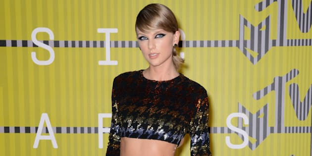 Taylor Swift attends the 2015 MTV Video Music Awards at Microsoft Theater on August 30, 2015 in Los Angeles, California.
