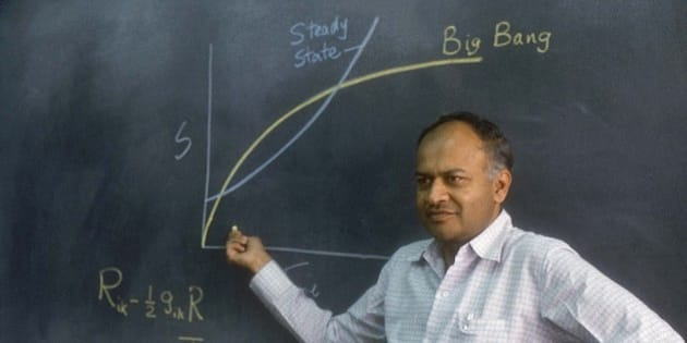 INDIA - OCTOBER 19:  Jayant V Narlikar, Astrophysicist explaining through Mathematical equations Big Bang Theory ( Science, Portrait )  (Photo by Namas Bhojani/The India Today Group/Getty Images)