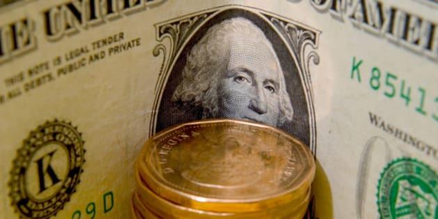 us dollar protecting canadian loonies