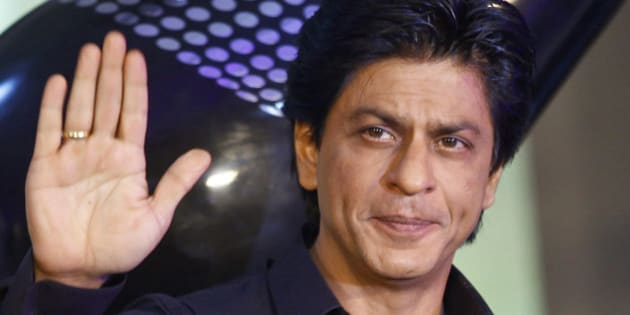 "FILE - In this Jan. 29, 2013 file photo, Bollywood actor Shah Rukh Khan waves during the unveiling of TOIFA Bollywood awards in Mumbai, India. Shah Rukh Khan has undergone surgery Tuesday, May 28, 2013 for a shoulder injury suffered while doing stunts for his new movie ""Chennai Express."" (AP Photo/Rafiq Maqbool, File)"