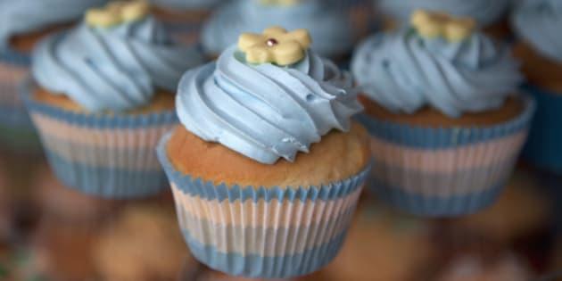 Display of flower swirl cupcakes