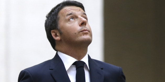Italian President Matteo Renzi waits for the arrival of Ukrainian President Petro Poroshenko at Chigi palace, Premier's office, in Rome, Thursday, Nov. 19, 2015. (AP Photo/Gregorio Borgia)