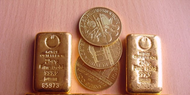 One kilogram of gold bars, gold bullion and Wiener Philharmoniker of each one troy ounce.