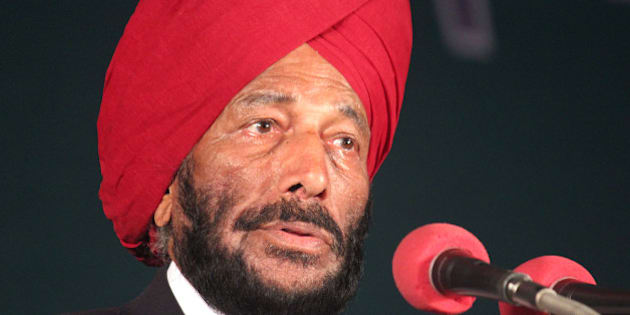 INDORE, INDIA  DECEMBER 8: Former Indian track and field sprinter Milkha Singh also known as Flying Sikh turned emotional while addressing school kids during inaugural ceremony of CBSE National table tennis and tennis tournament on December 8, 2014 in Indore, India.  (Photo by Shankar Mourya/Hindustan Times via Getty Images)