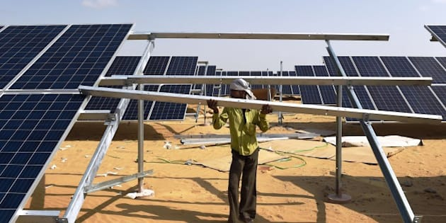 TO GO WITH: Climate-warming-COP21-India-energy-solar, FOCUS by Annie Banerji