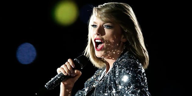 SYDNEY, AUSTRALIA - NOVEMBER 28: 