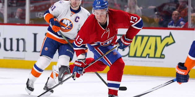 MONTREAL, QC - NOVEMBER 22: Alexander Semin #13 of the Montreal Canadiens takes a shot in the NHL game against the New York Islanders at the Bell Centre on November 22, 2015 in Montreal, Quebec, Canada. (Photo by Philippe Bouchard/NHLI via Getty Images)