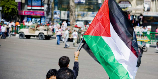 "<a href=""http://bighugelabs.com/onblack.php?id=6409085773&size=large"" rel=""nofollow"">View On Black</a>