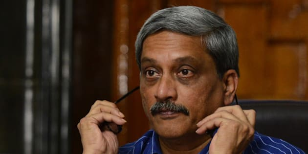 NEW DELHI,INDIA SEPTEMBER 06: Defence Minister Manohar Parrikar with MOS Rao Inderjit Singh at a press conference to announce implementation of One rank One pension scheme.(Photo by Praveen Negi/India Today Group/Getty Images)