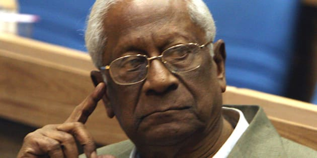 INDIA - JANUARY 30:  AB Bardhan, CPI leader, at a seminar on 'Peace Non Violence and Empowerment Gandhi Philosophy' at Vigyan Bhawan, New Delhi.  (Photo by Kalyan Chakravorty/The India Today Group/Getty Images)