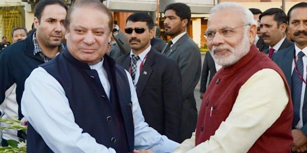 LAHORE, PAKISTAN - DECEMBER 25: Prime Minister of Pakistan Nawaz Sharif (L) shakes hands with Indian Prime Minister Narendra Modi (R) in Lahore, Pakistan on December 25, 2015. (Photo by Pakistan Information Department/Anadolu Agency/Getty Images)