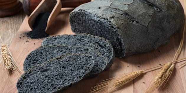 Activated carbon bread - pane carbone vegetale