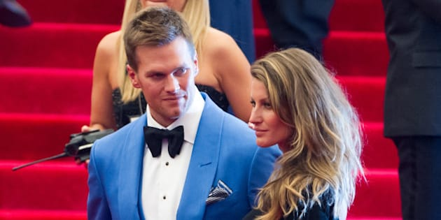 NEW YORK, NY - MAY 06:  Tom Brady (L) and Gisele Bundchen attend the Costume Institute Gala for the 'PUNK: Chaos to Couture' exhibition at the Metropolitan Museum of Art on May 6, 2013 in New York City.  (Photo by Michael Stewart/Getty Images)