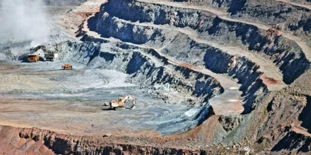 Iron ore mine , Tom Price,
