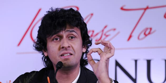 NOIDA, INDIA - NOVEMBER 11: Indian Bollywood playback singer Sonu Nigam speaks during a press conference on November 11, 2014 in Noida, India. Nigam will perform live with 30 musicians at Entertainment city, Noida on November 22. The Show Klose to my Heart will be happening for the first time in Delhi NCR. (Photo by Burhaan Kinu/Hindustan Times via Getty Images)
