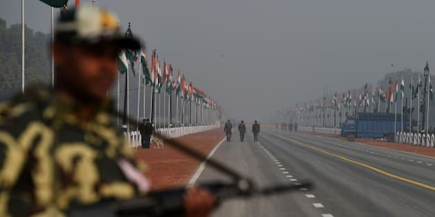 An Indian soldier keeps a look out on Rajpath ahead of the forthcoming Republic day  in New Delhi on January 24, 2016. AFP PHOTO / SAJJAD HUSSAIN / AFP / SAJJAD HUSSAIN        (Photo credit should read SAJJAD HUSSAIN/AFP/Getty Images)