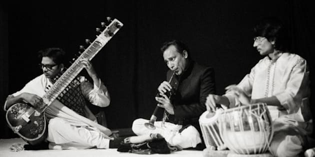 Pandit Shivanath Mishra, sitar