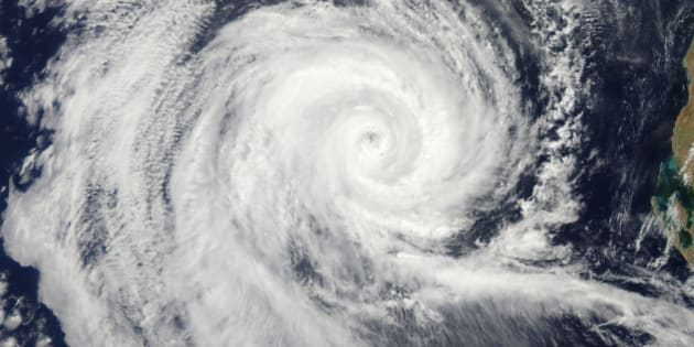 February 20, 2011 09/14/2009 The eye of Severe Tropical Cyclone Dianne swirled in the Indian Ocean as storm bands lashed the waters and also blew across the land, bringing heavy rain to already09/14/2009soaked regions in Western Australia. At the time this image was captured, the eye of the storm lies nearly due west of Carnavon, a coastal town that lies at the mouth of the Gascoyne River. The storms eye is well09/14/2009formed, suggestive of a strong cyclone.