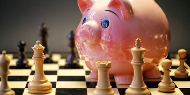 Piggy Bank playing Chess Game