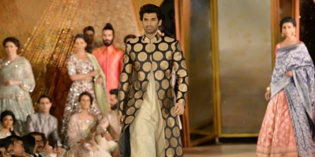 MUMBAI, INDIA -JANUARY 14: Aditya Roy Kapoor at Manish Malhotras fashion show in Mumbai.(Photo by Milind Shelte/India Today Group/Getty Images)