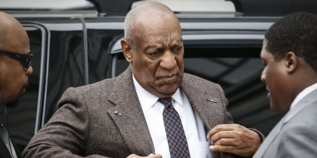 TOPSHOT - Comedian Bill Cosby arrives at the Montgomery County courthouse for pre-trial hearings in the sexual assault case against him in Norristown, Pennsylvania, on February 3, 2016. / AFP / KENA BETANCUR        (Photo credit should read KENA BETANCUR/AFP/Getty Images)
