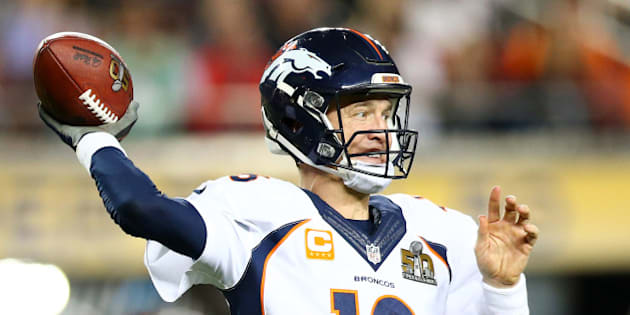 SANTA CLARA, CA - FEBRUARY 07:  Peyton Manning #18 of the Denver Broncos throws a pass in the fourth quarter against the Carolina Panthers during Super Bowl 50 at Levi's Stadium on February 7, 2016 in Santa Clara, California.  (Photo by Ronald Martinez/Getty Images)