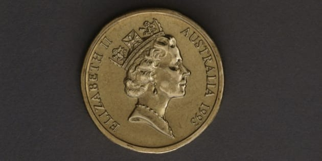AUSTRALIA - JUNE 15: 1 dollar coin, 1993, obverse depicting Elizabeth II (1926 -). Australia, 20th century. (Photo by DeAgostini/Getty Images)