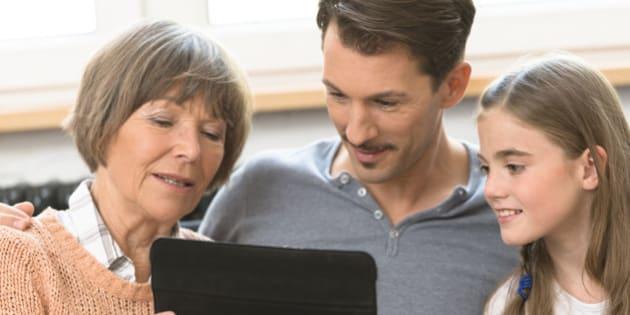 three generation family - social media