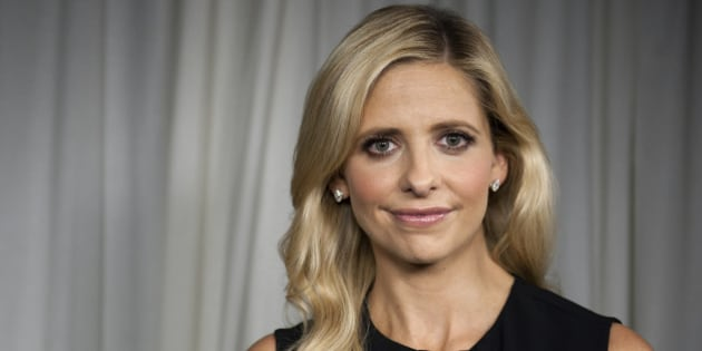 Actress Sarah Michelle Gellar poses for a portrait on Tuesday, Sept. 24, 2013 in Los Angeles. (Photo by Jordan Strauss/Invision/AP)